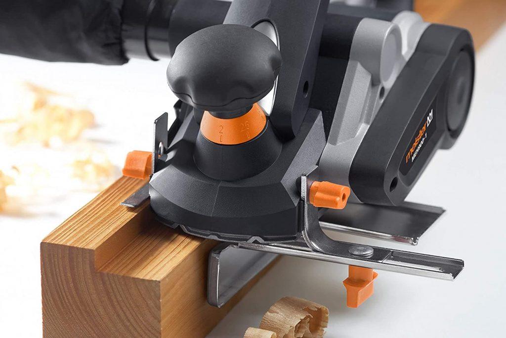 cepillo eléctrico para madera